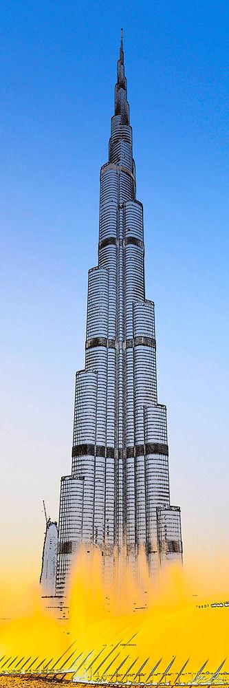 Burj Khalifa - 828 mt