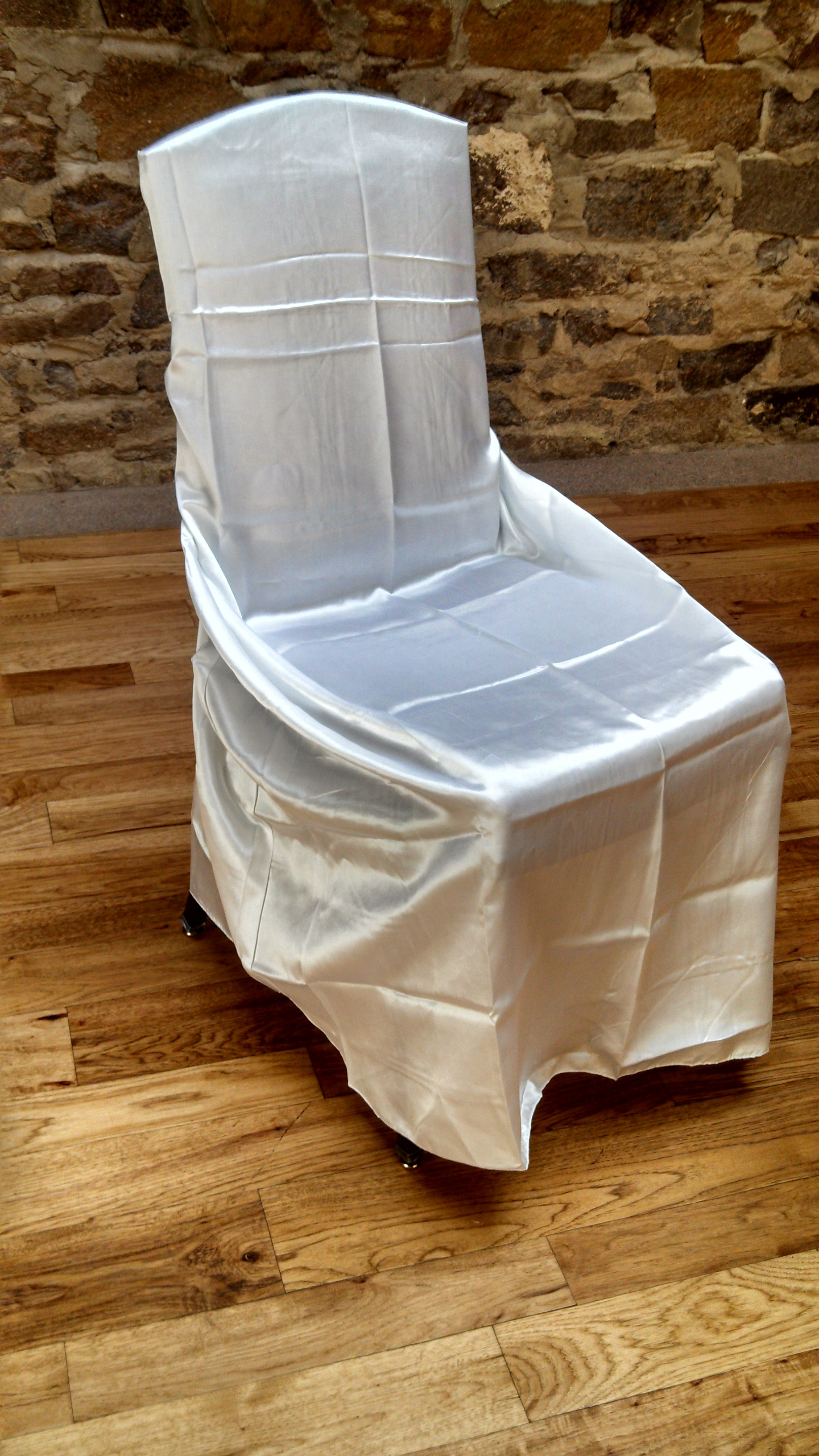 White Chair Cover Satin Universal 2050