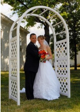 Wedding Arch Wht Lattice 92x54x28