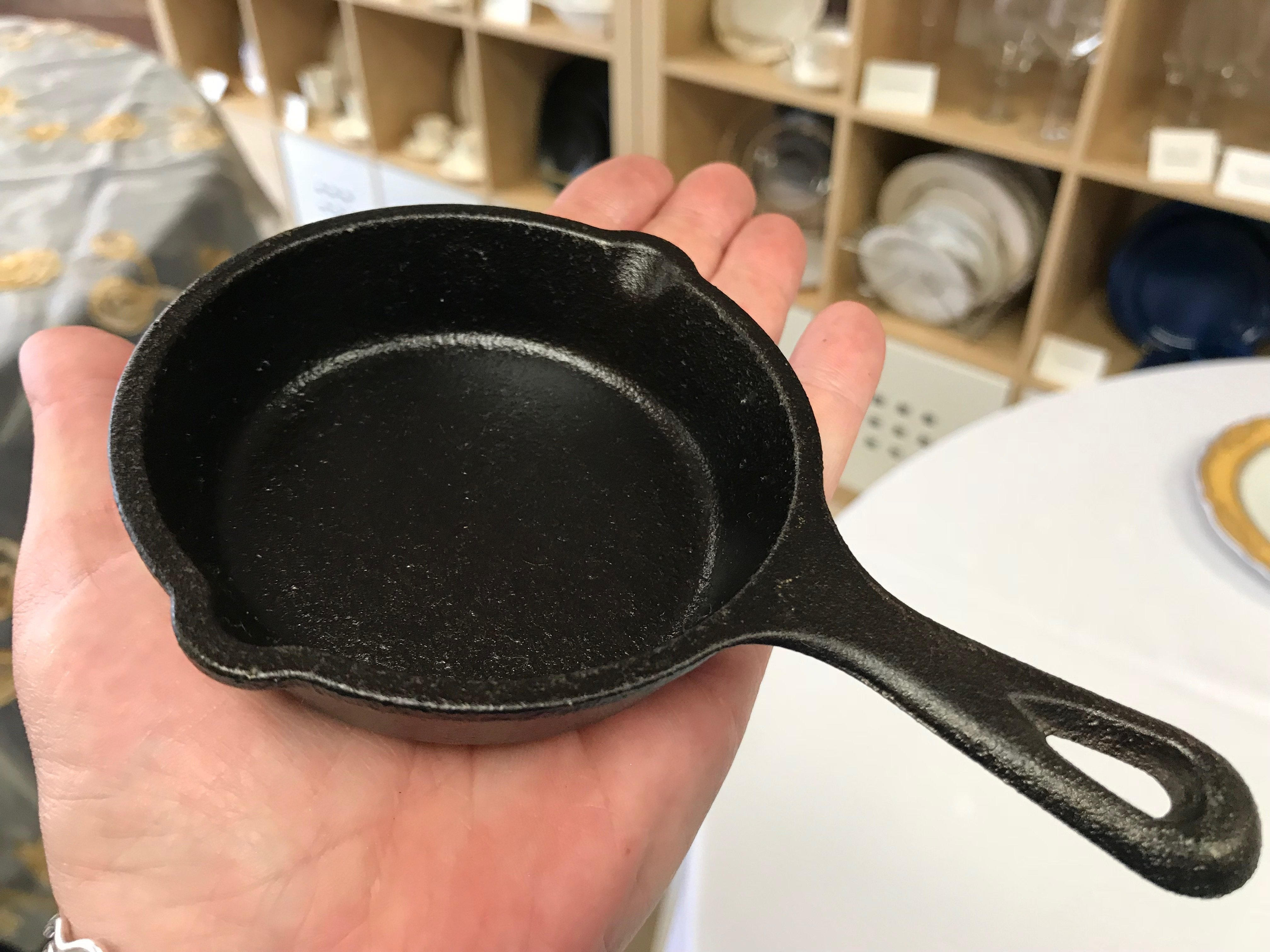 Cast Iron Fry Pan 3.5 in 00038