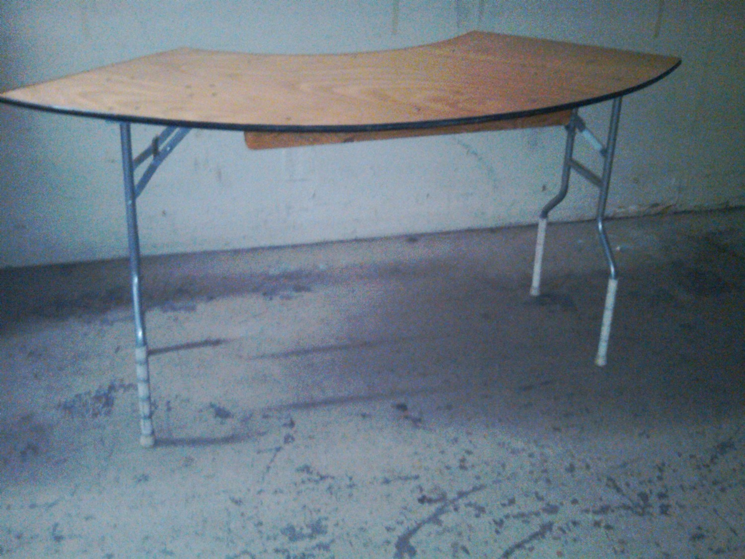 Table Serpentine 5ft x 30in 1/4 cir