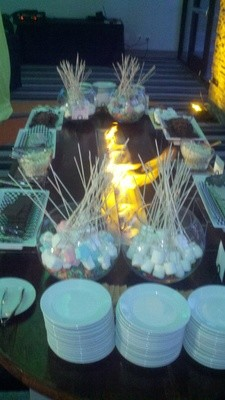 Smores Table 8'