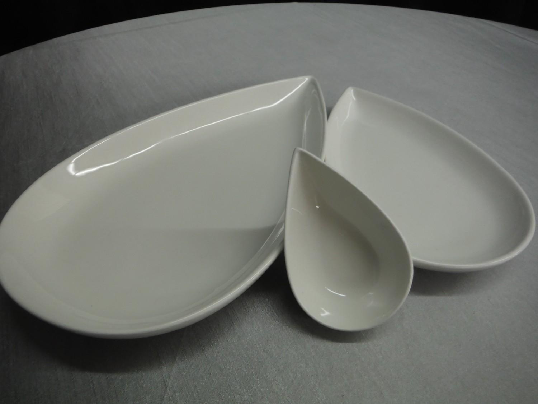 Petal Plate Wide 12.25 in