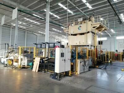 1 – USED 2,000 TON MACRODYNE HYDRAULIC DOWN ACTING 4-POST PRESS