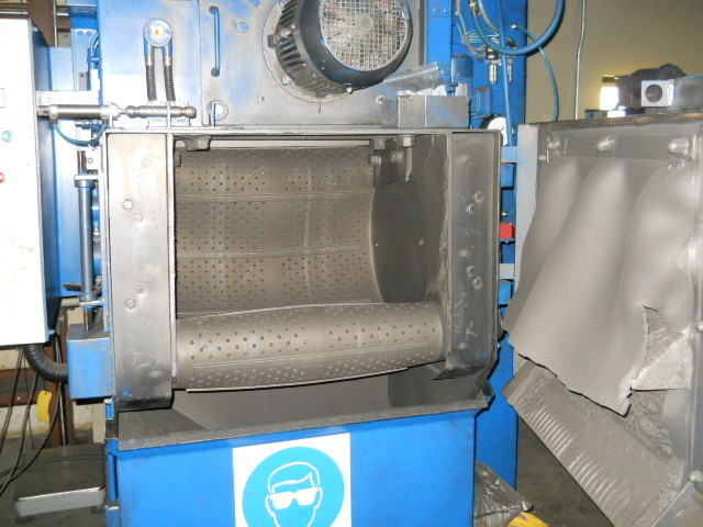 1 – USED MODEL T5OR WHEELABRATOR (USF SURFACE PREP) TUMBLAST BLAST CLEANING/AIR & SUCTION