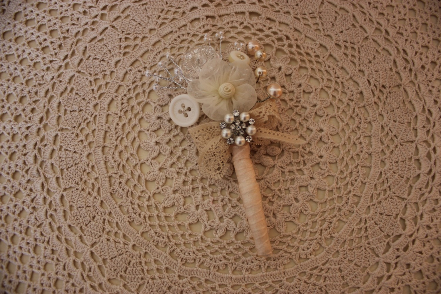 Vintage Inspired Buttonholes