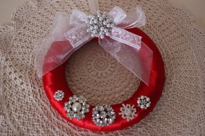 Vintage Glamour Christmas Wreath - Small