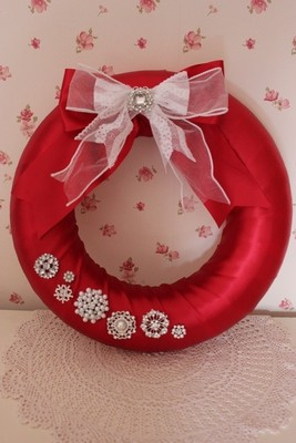 Vintage Glamour Christmas Wreath - Large