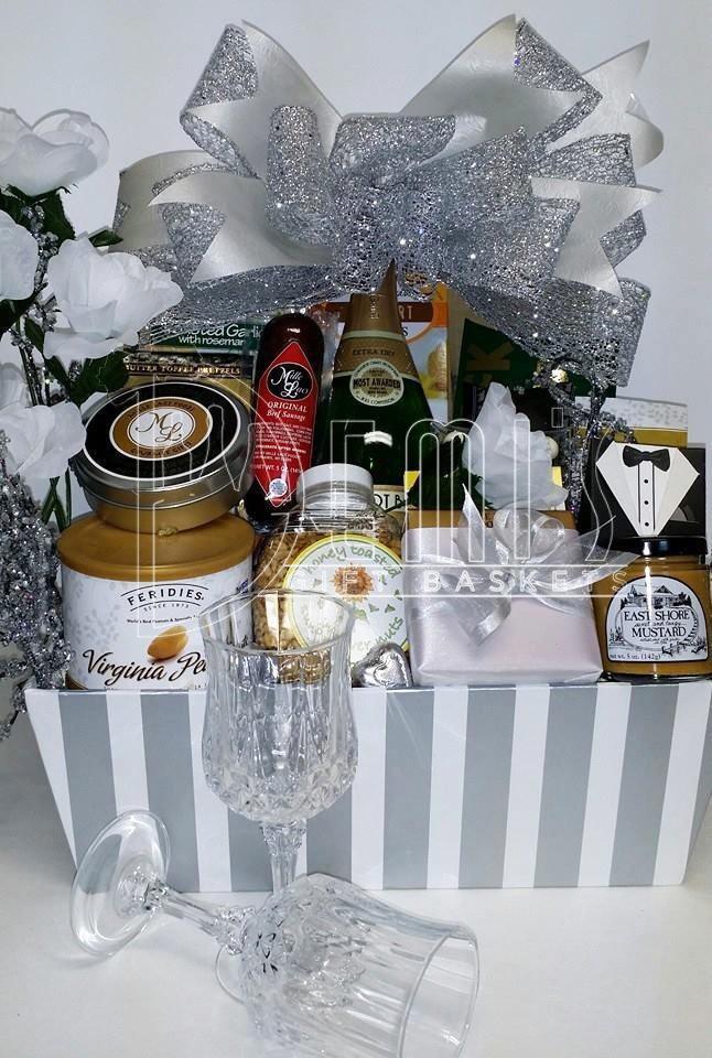 Wedding Deluxe Basket CCS-0058