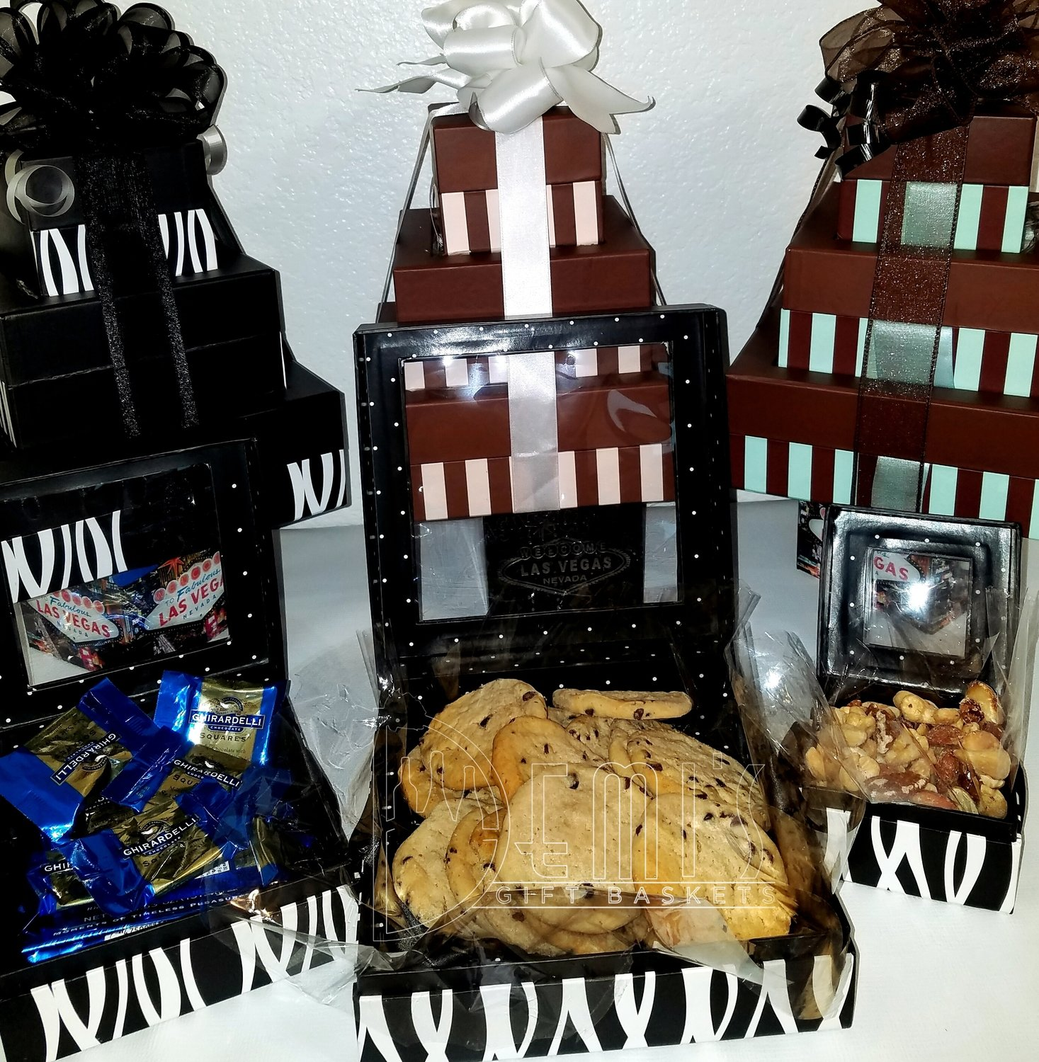 LV: Tower Snack Gift Box