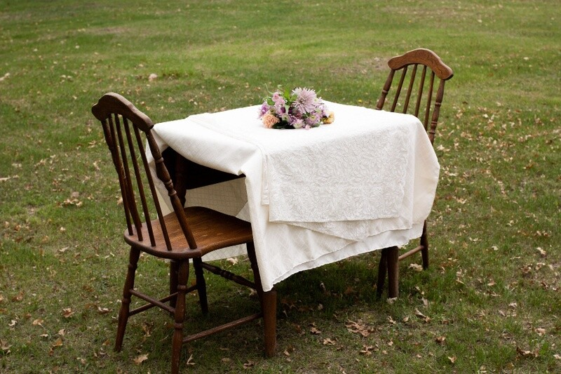 Drop Leaf Table with Matching Chairs