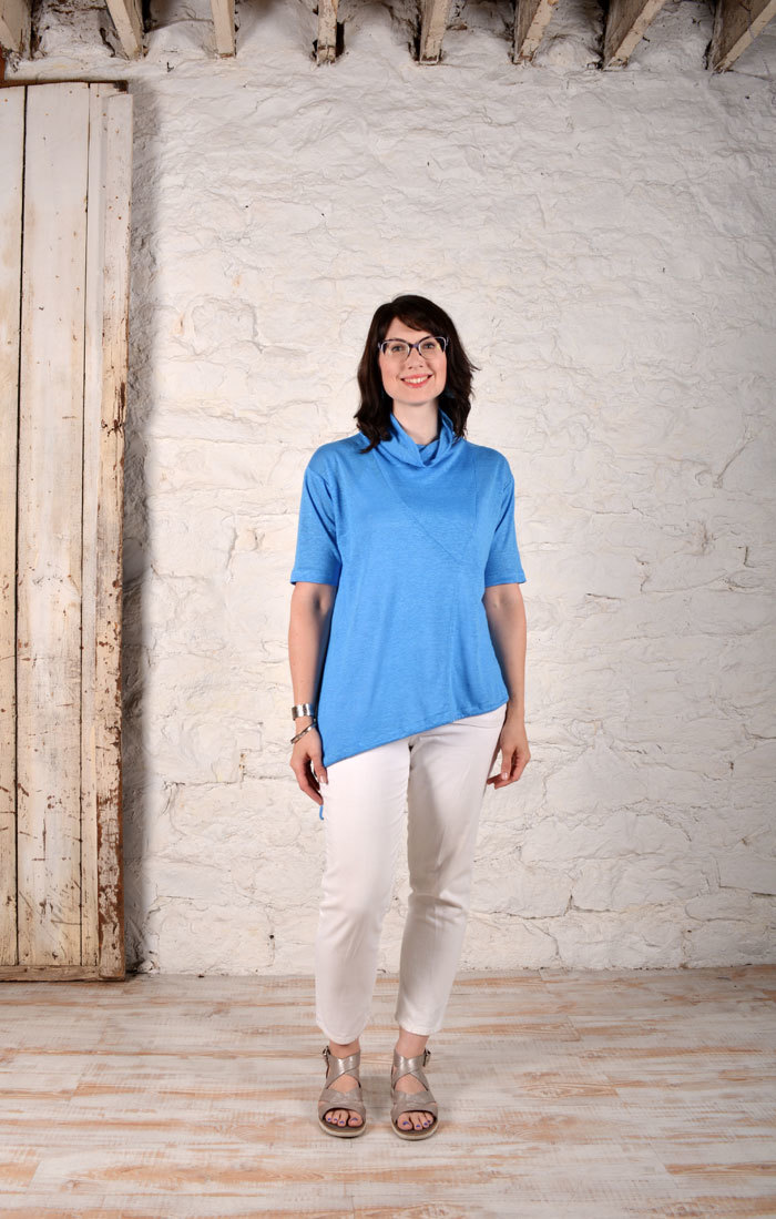 Barcelona Top in Aqua Linen Gauze