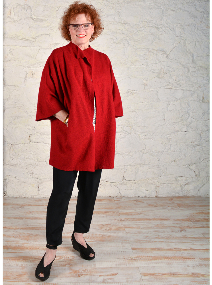 Chateau coat made in red English Boucle