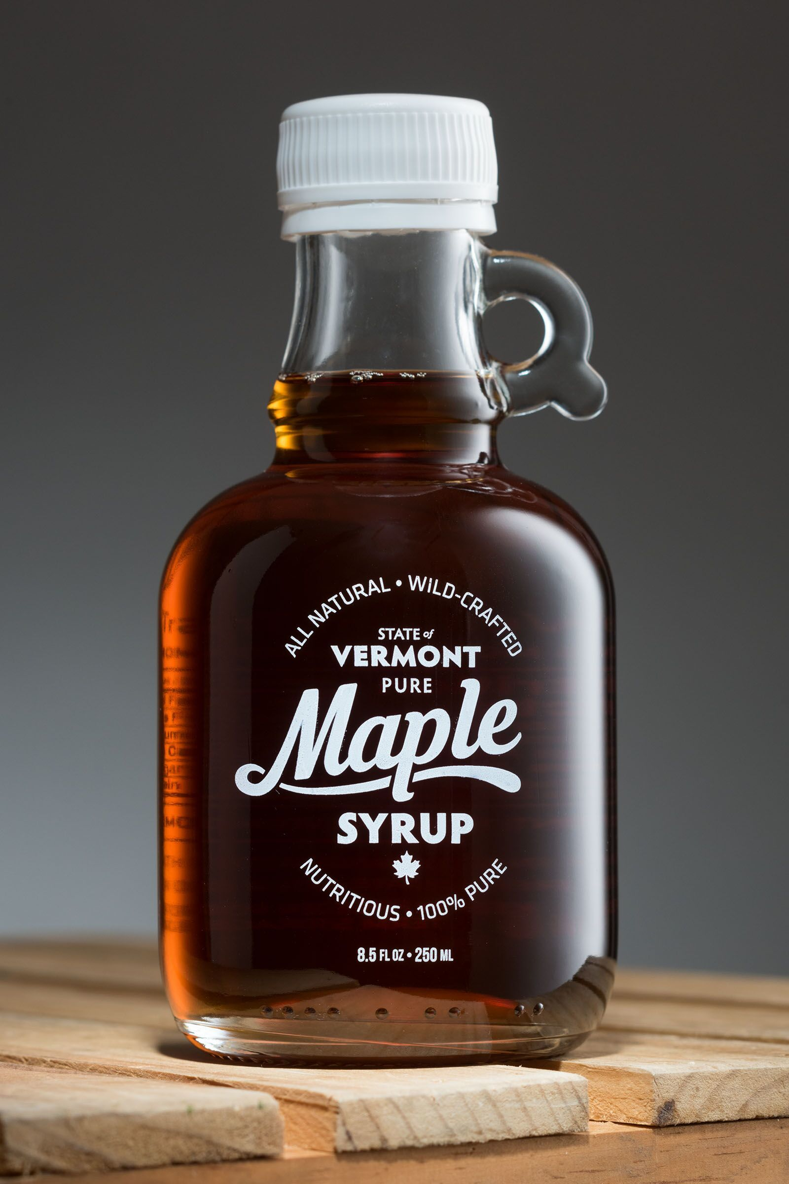 Glass jug of Pure Vermont Maple Syrup, 8.5 ounce 00044