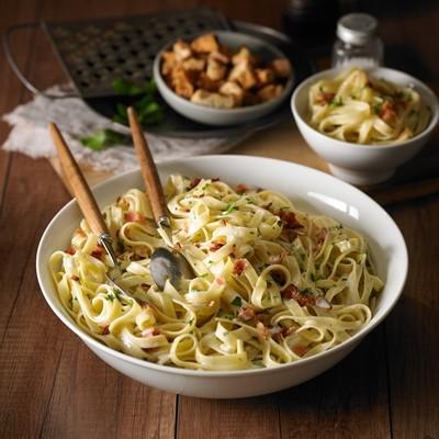 Salade de pâtes carbonara