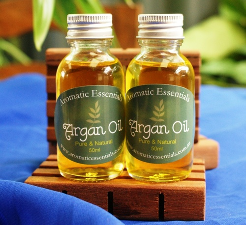 Argan Oil - 100% Pure and Natural beauty multi purpose plant oil for smooth skin and luscious hair 50ml