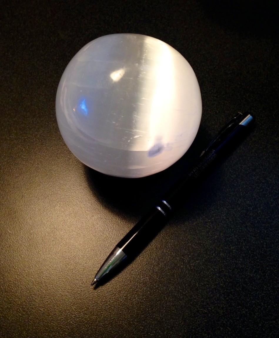 Selenite Sphere - Med 00096
