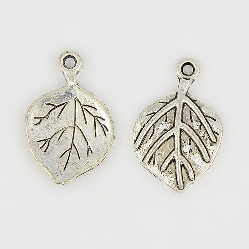 Leaf Pendant Antique Silver 22mm