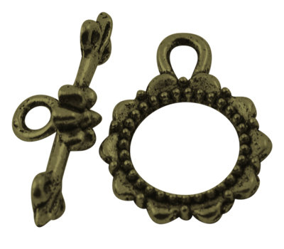 Ruffle Toggle Antique Brass 16mm
