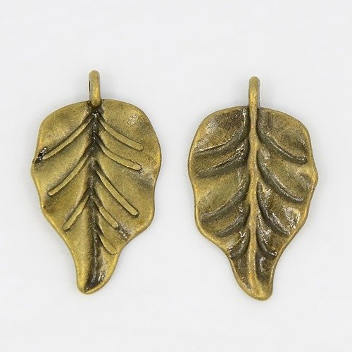 Leaf Antique Brass 32x18mm