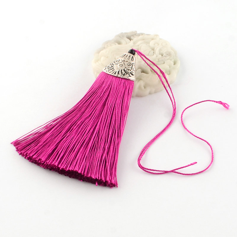 Pink Tassel with silver cap   80x20x11mm