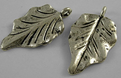 Leaf Antique Silver 32x18mm