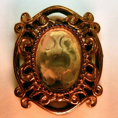 Oval Framed Setting