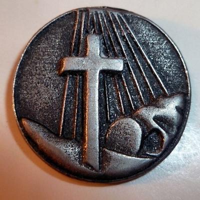 Cross & Tomb