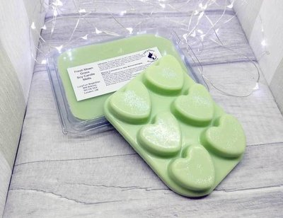 Fresh Mown Grass Soy Candle Melts Clamshell