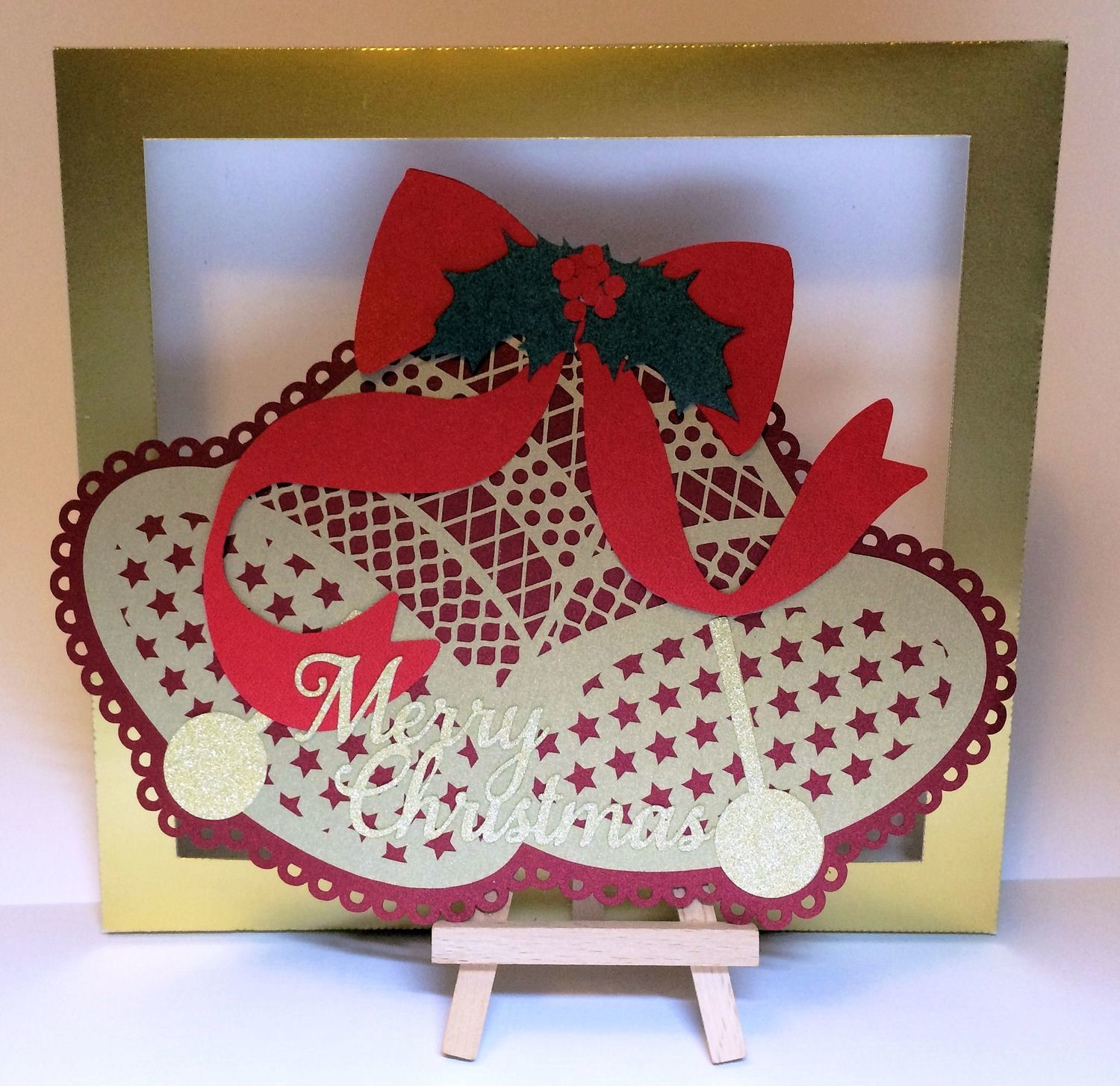 Christmas Bell can be a card template or a card topper  complete with box - Studio file