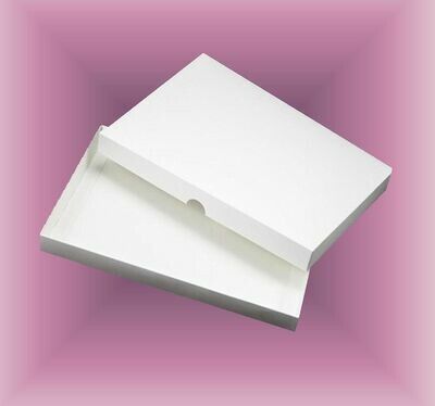 Card / Invitation Box to fit 7 x 5 x  0.5 inches  Sturdy Double Skinned box   DIGITAL CUTTING FILE  svg - studio - fcm