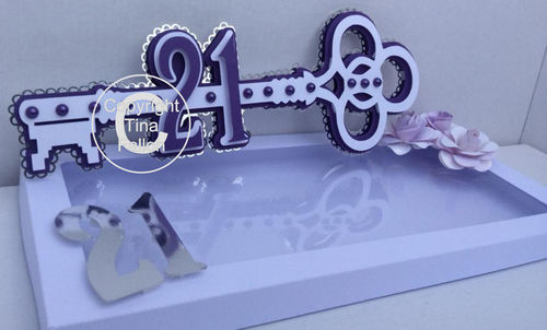21st Key (Female) with presentation box  layered cutting file