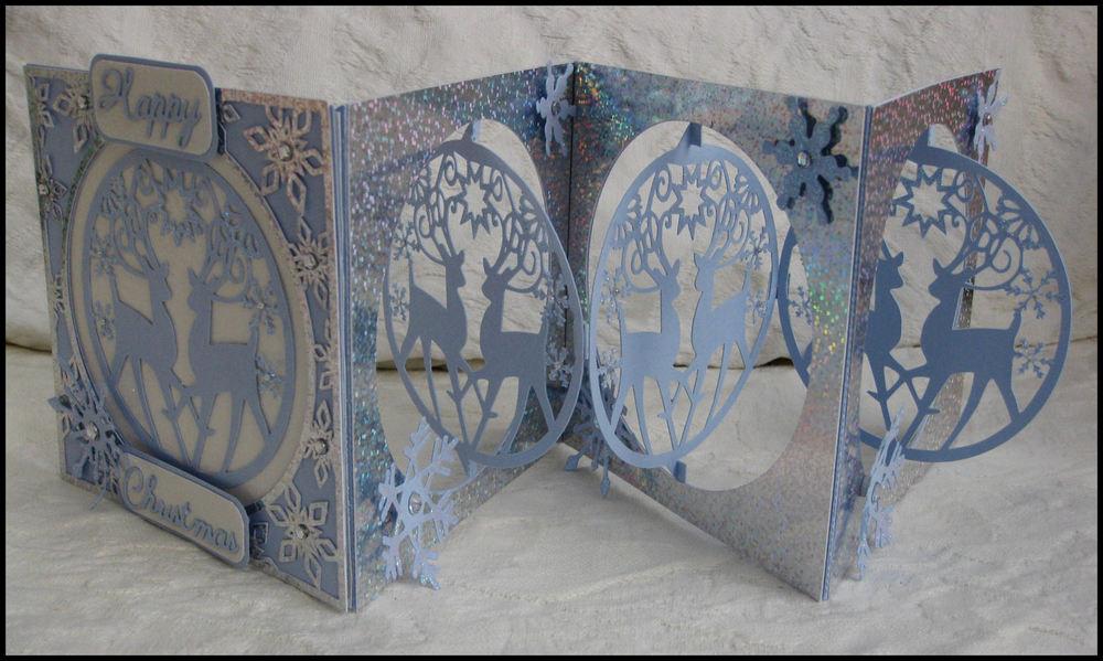 Accordian Card - Reindeer Bauble -  Scan n cut format