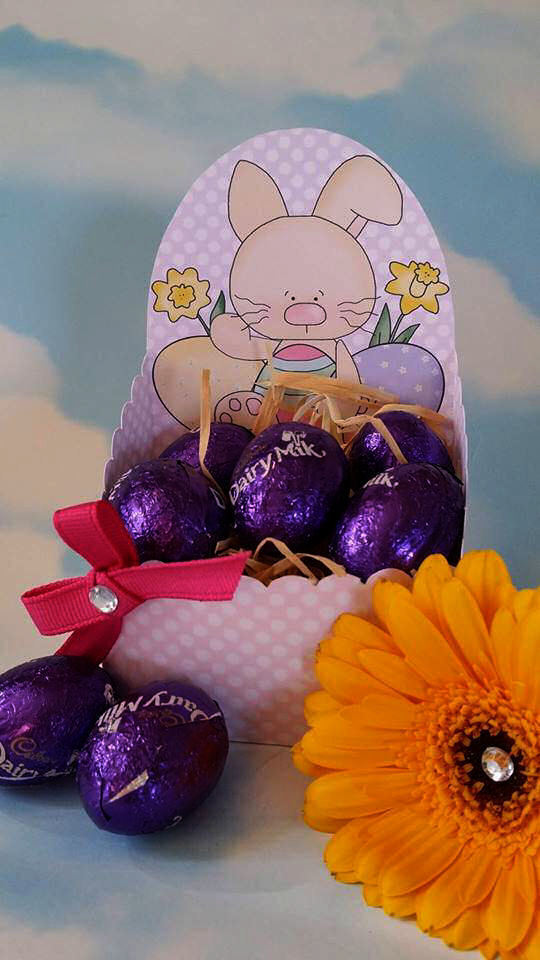 Easter  Chocolate Box L-    print n cut studio cutting file (Lilac Polka Dot)
