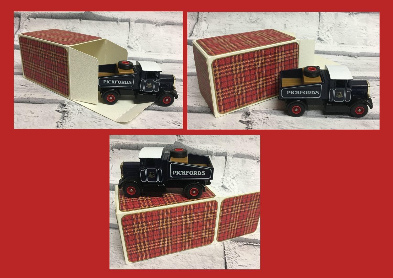 Gift Box 8 x 5 x 5cm  cutting file silhouette svg fcm scan n cut ideal toy cars