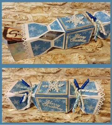 Cracker with a hidden inner box - Snowflake themed - STUDIO FORMAT