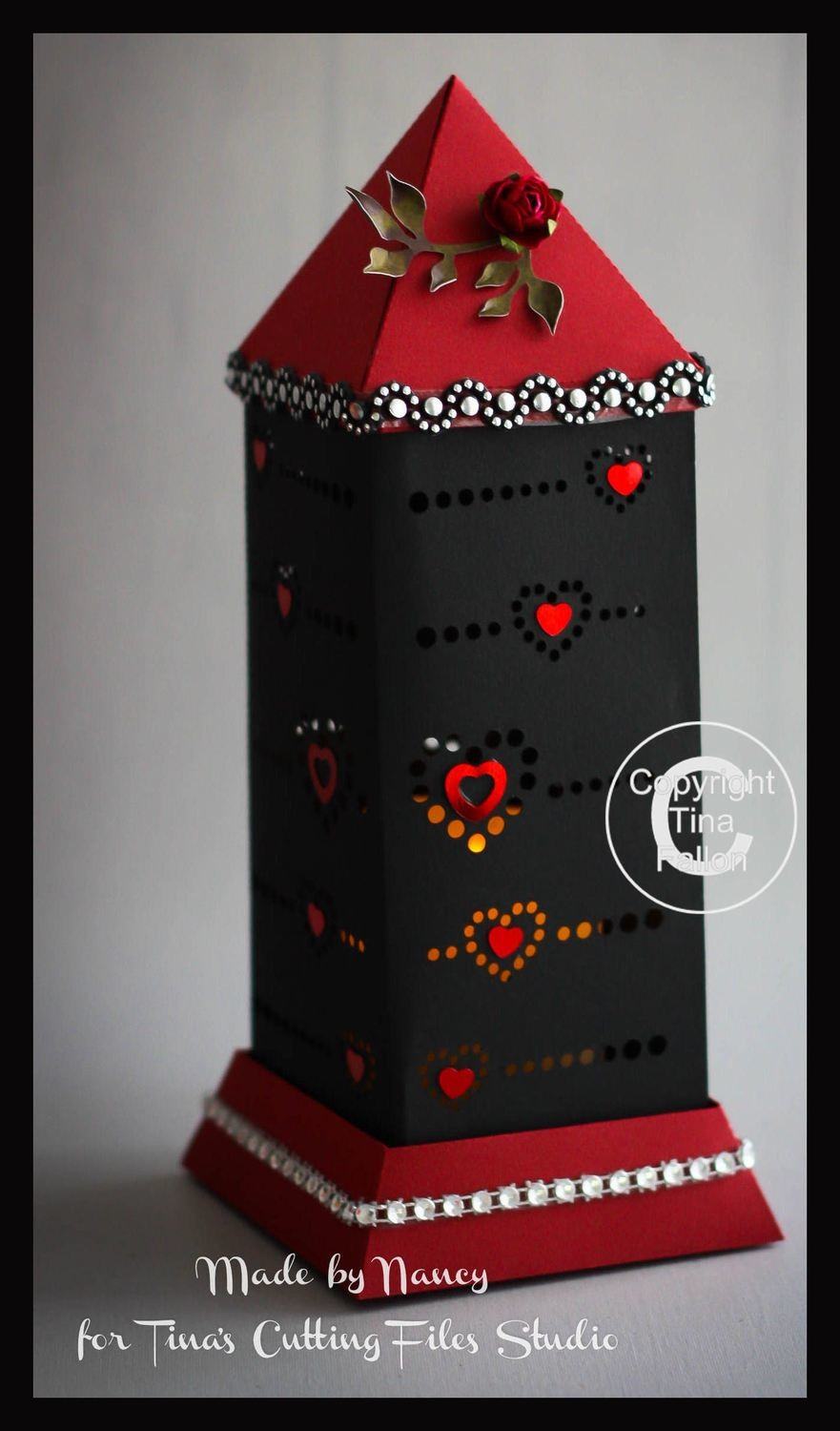 3d Lantern - Lamp - Dotted Hearts