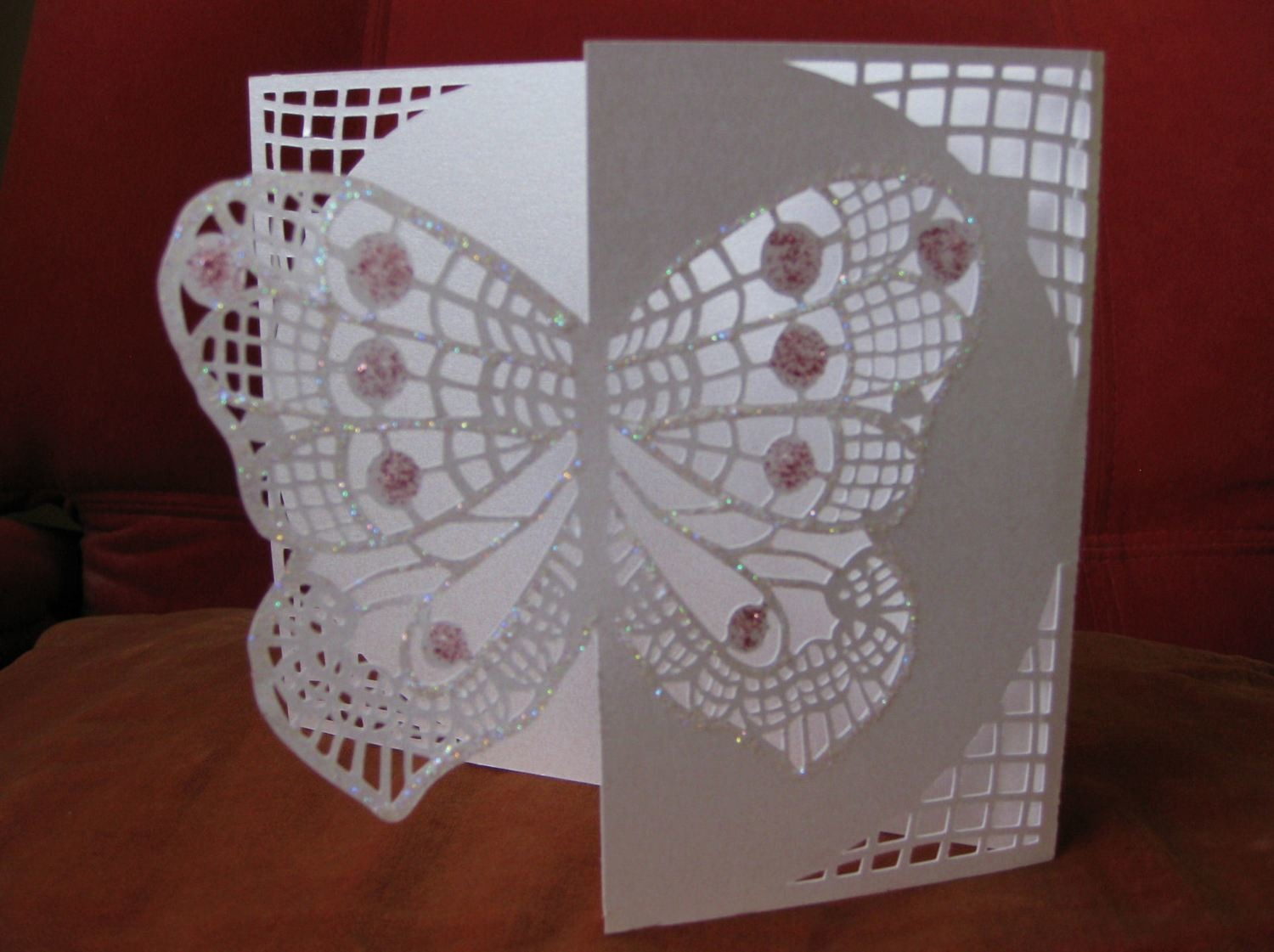 Butterfly card side edge