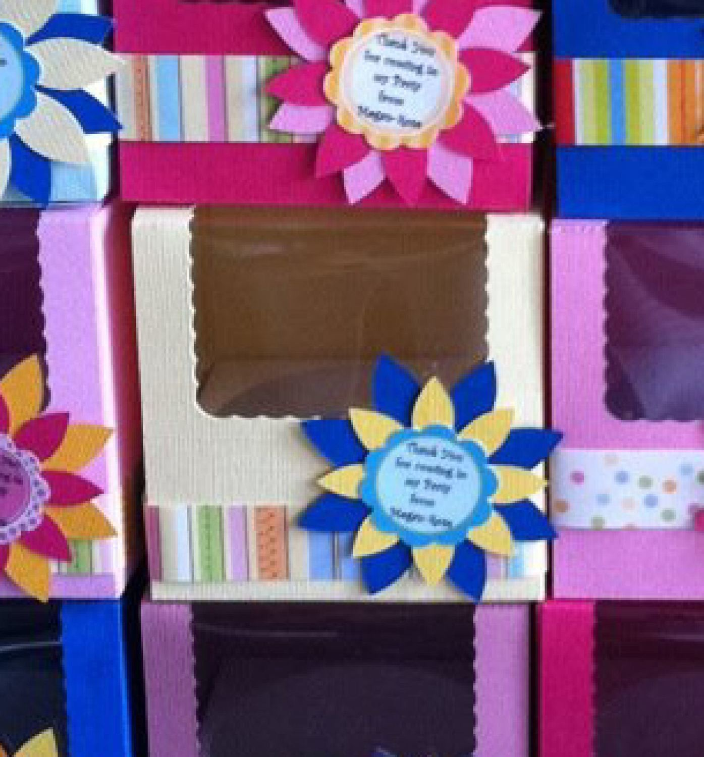 "Cupcake Box  LARGE approx 3.5"" x 3.5"" (86mm x 86mm)"