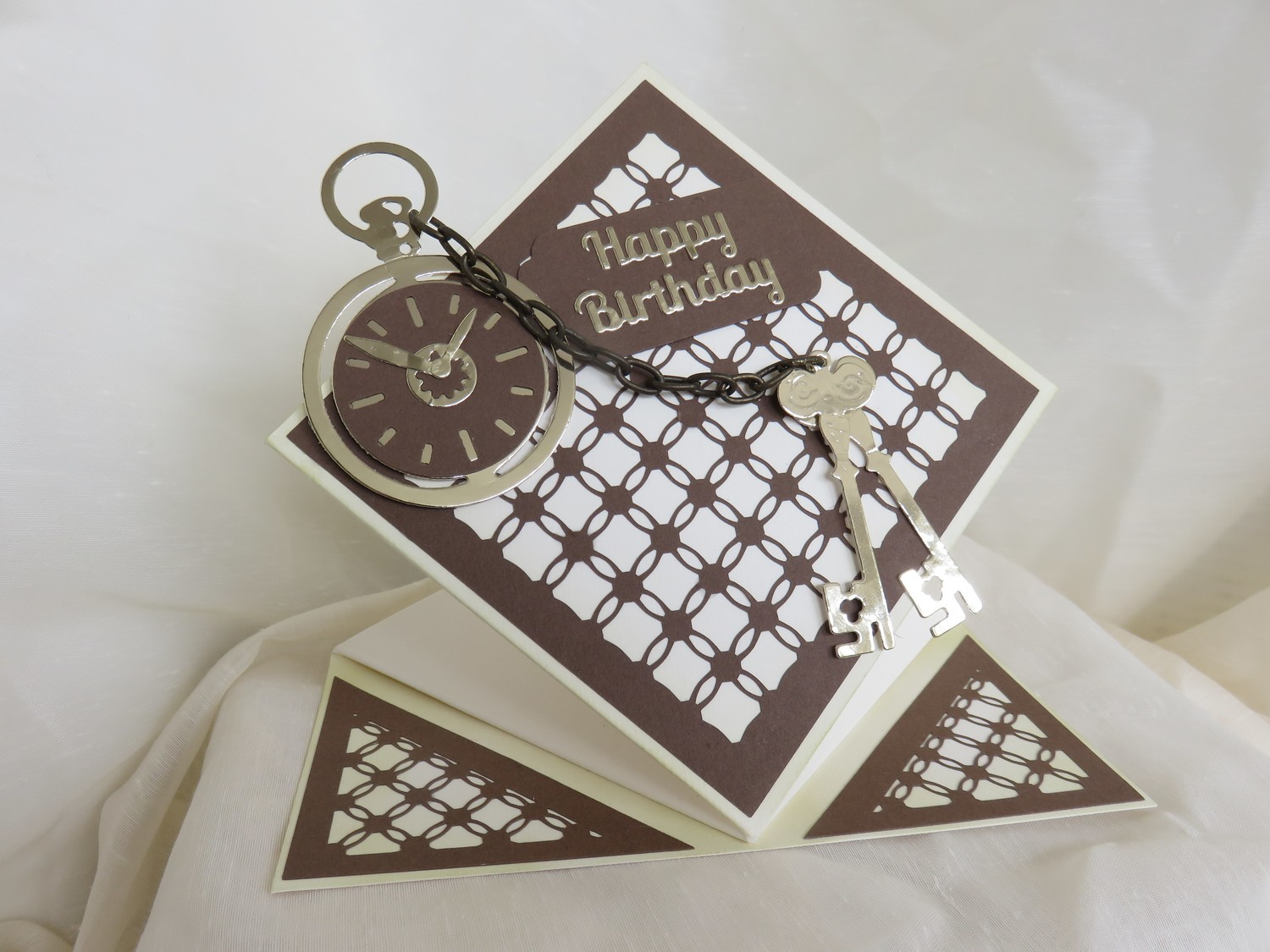 Simply Entwined Diamond - Mat/Toppers /Emboss Engrave.