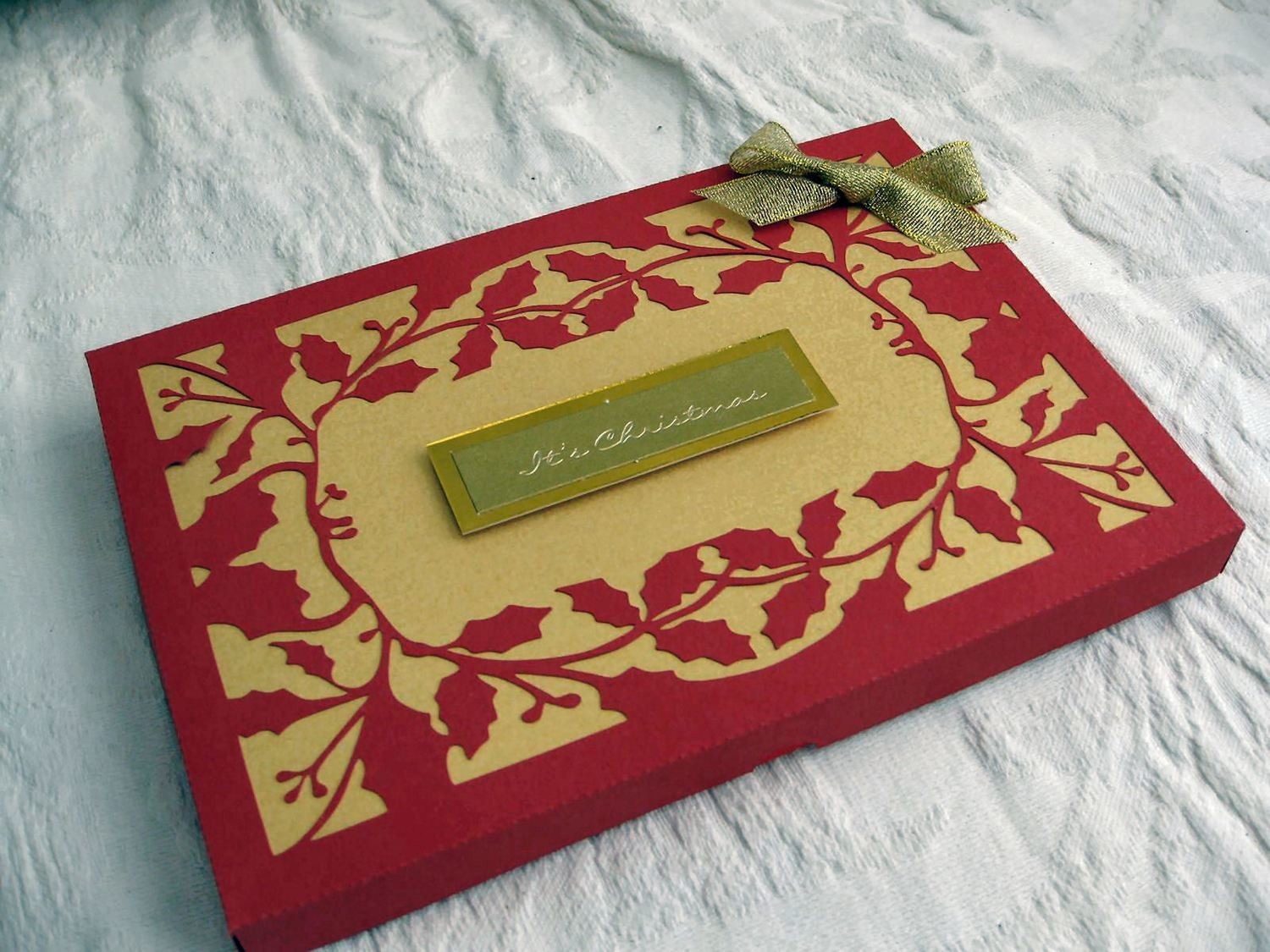 Gift Box Holly . Come with 2 lid choices