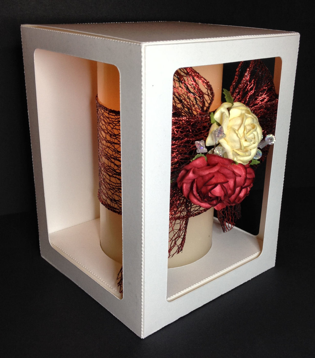 Box 4.5 x 4.5 x 7 inches ideal for pillar candles