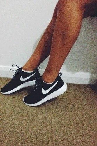 Nike ROSHE RUN 2691