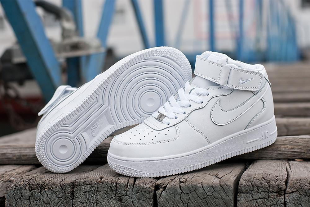 Nike Air Force 1 815