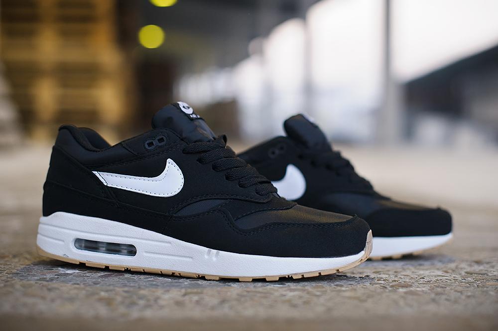 Nike Air Max 1 3853