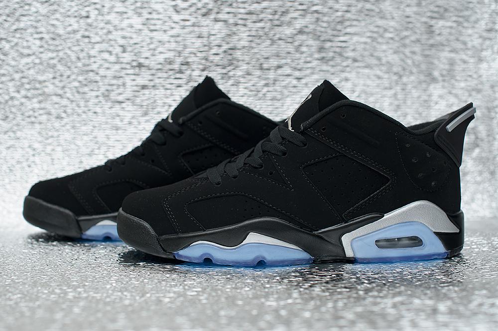 Nike Air Jordan 4 Retro 3924