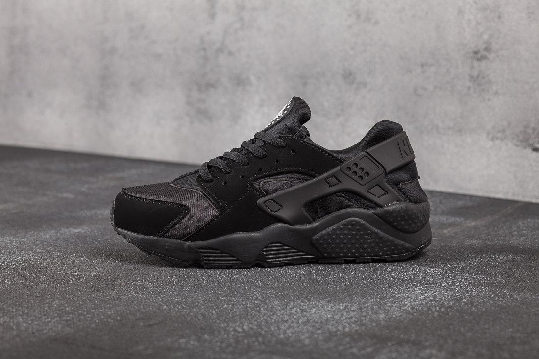 Nike Air Huarache Black 2157
