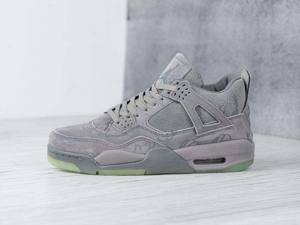 Nike KAWS x Air Jordan 4 8559