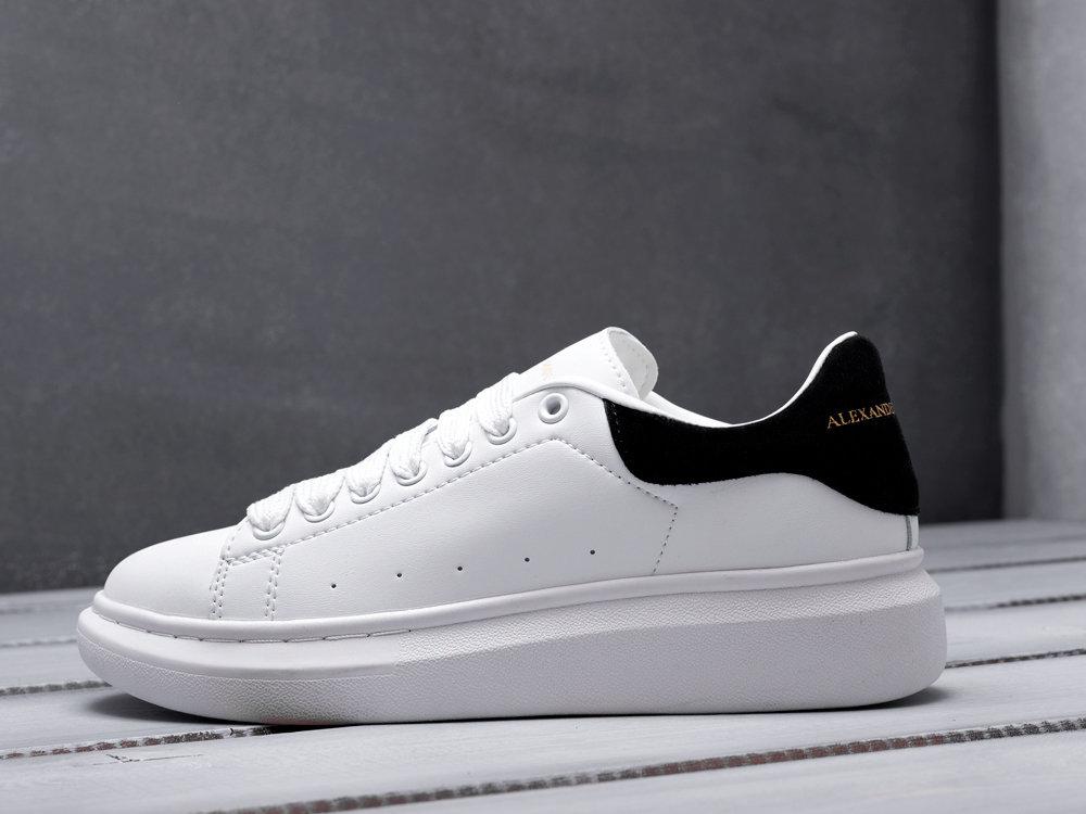 Alexander McQueen Lace-Up Sneaker 10839