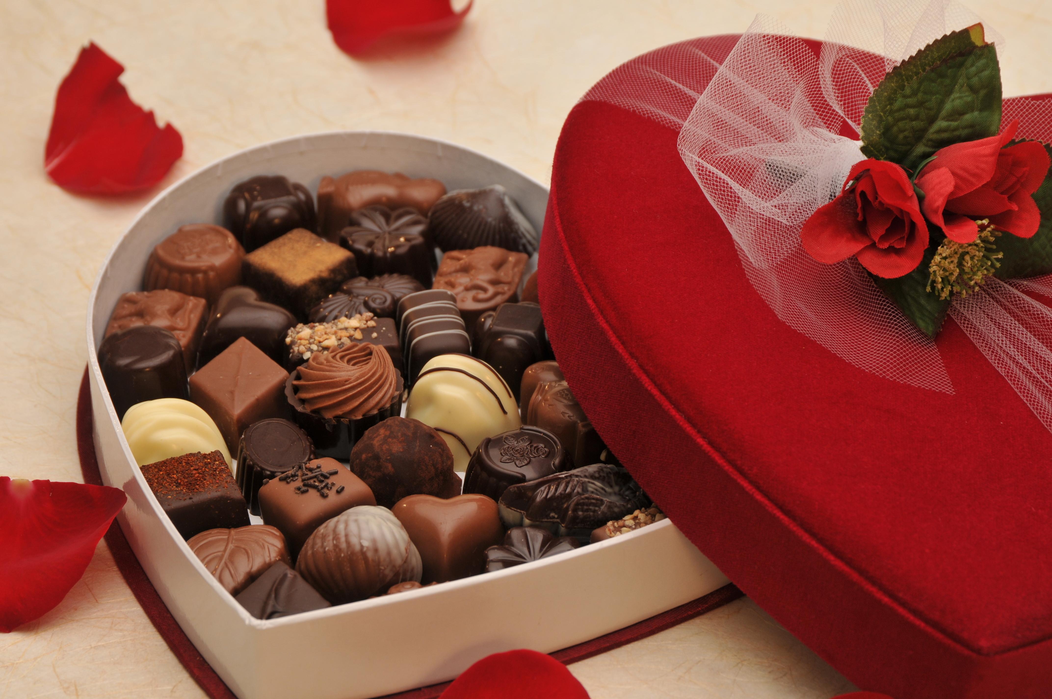 Velvet Valentine Heart Gift Box - Large 611